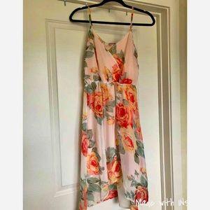 Emmelee for Francesca's Floral Dress size med